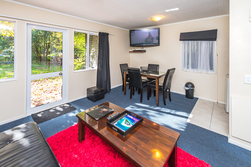 accommodation Wanganui superior-suite-dining